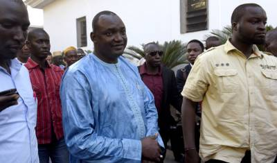 Barrow sworn in as Gambia's new president