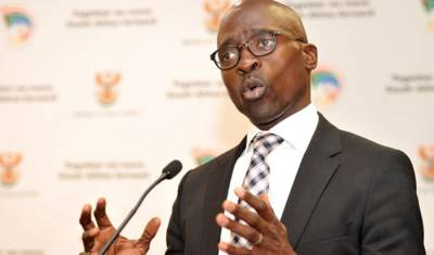 Gigaba reports 3.78% increase in travellers over festive season