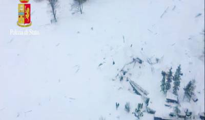 More survivors pulled out of Italian avalanche hotel