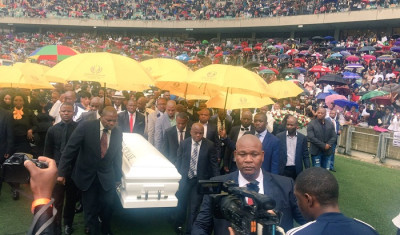 [GALLERY] Tears, singing and tributes as Sfiso Ncwane is laid to rest
