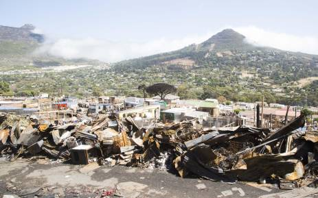 An image of the first new structures built in Mandela Park following the fire which swept through the area in March 2017. Picture: Cindy Archillies/EWN