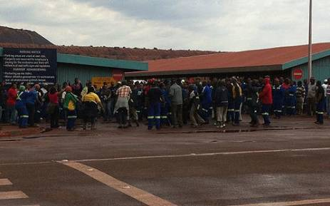 Striking Kumba employees are protesting outside the Sishen mine on 15 October 2012. Picture: Rahima Essop/EWN