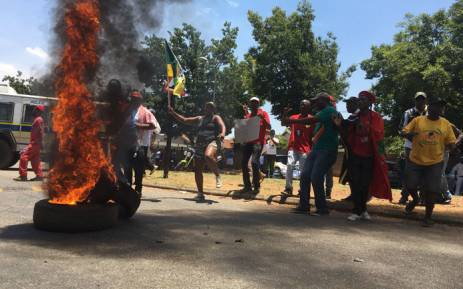 Violence erupts at protests outside Hoërskool Overvaal