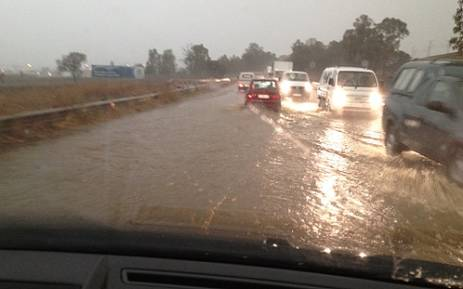 Heavy rains in Midrand on Thursday 6 September 2012. Picture: iWitness