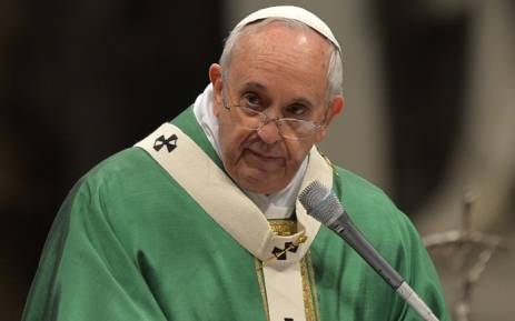 Pope backs down after defending Nigerian bishop rejected by locals