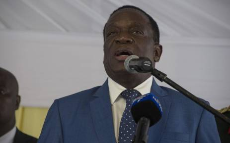 FILE: President Emmerson Mnangagwa addressing a crowd at the Zimbabwean Embassy in Pretoria. Picture: Ihsaan Haffejee/EWN.