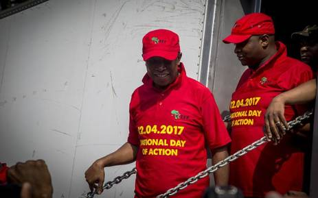 Jacob Zuma South African president brands anti-govt protests 'racist'