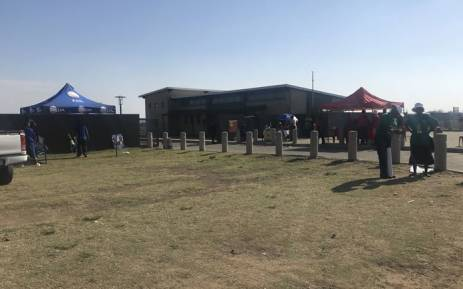 FILE: Political parties pitch their tents during voting in the Metsimaholo Municipality by-elections on 29 November 2017. Picture: Clement Manyathela/EWN.