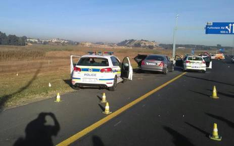 Four suspects killed in shootout on the N12, two officers injured