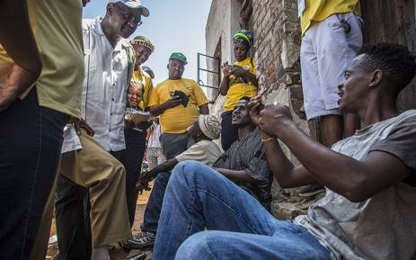 Gauteng Premier David Makhura speaks to members of the Denver community near Johannesburg's CBD about their grievances following reports of intimidation against IEC officials during the voting registration weekend on 06 March 2016. Picture: Reinart Toerien/EWN.