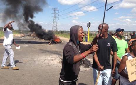 Durban Deep residents protest over housing on 23 January 2014. Picture: Lesego Ngobeni/EWN.