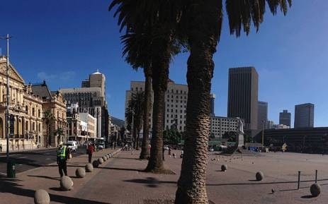 A view of the old Cape Town City Hall and Grand Parade. Picture: Wikimedia Commons.