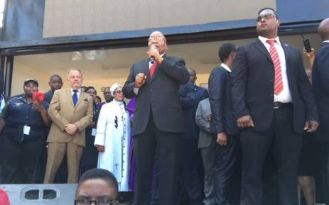 Jacob Zuma address the crowd after his court appearance outside the Durban high court. Picture: Ihsaan Haffajee/EWN.