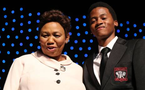 Basic Education Minister Angie Motshekga with top physical science achiever Hamandishe Mathivha. Picture: Christa Eybers/EWN