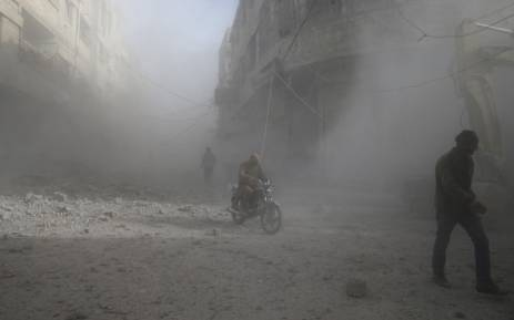 Syria war: Russians killed in militant raid in Deir al-Zour