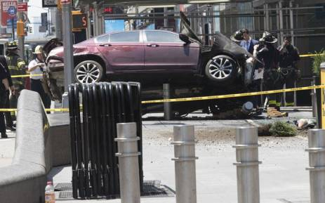 One Dead, 22 Injured After Speeding Car Hits Pedestrians In Times Square