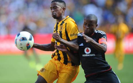 FILE: William Twala of Kaizer Chiefs is challenged by Thabo Matlaba of Orlando Pirates during the Absa Premiership match between Orlando Pirates and Kaizer Chiefs on 30 January 2016 at Willowmoore Park. Picture: BackpagePix/Sydney Mahlangu.