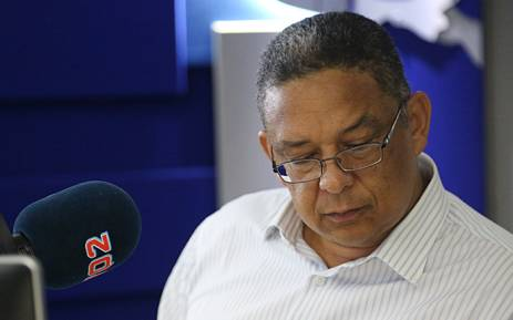 FILE. Suspended IPID head Robert McBride chats to 702's Xolani Gwala in studio about his suspension and the functionality of the police watchdog. Picture: Reinart Toerien/EWN.