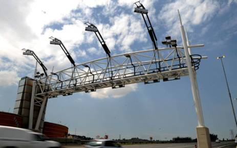 Toll road gantry on one of Gauteng's highways. Picture: Sapa.