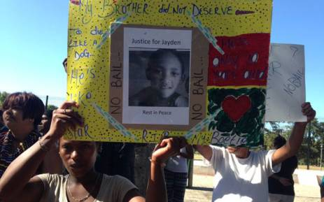 FILE: Scores of people outside the Wynberg magistrates court opposing bail for Jayden Smith's alleged killers.Picture: Lauren Isaacs/EWN.