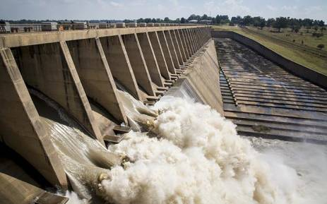 Approximately 400 000 cubic meters of water was released from the Vaal dam on 26 February 2017 after the dam reached 97.8 % capacity following heavy rains across Gauteng. Picture: Reinart Toerien/EWN
