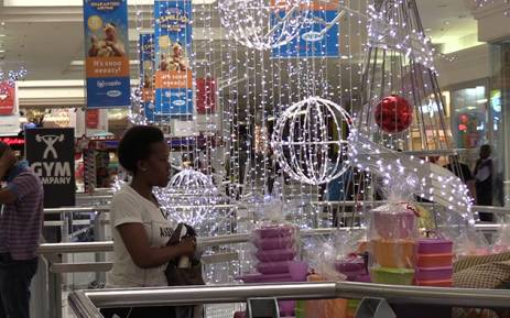 The festive season is here and many South Africans will be visiting shopping malls to do their Christmas shopping. Picture: EWN.