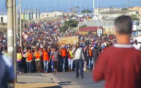 Hundreds of people marched in Hermanus for land and housing on 16 May 2018. Picture: @REDANTS_CT/Twitter