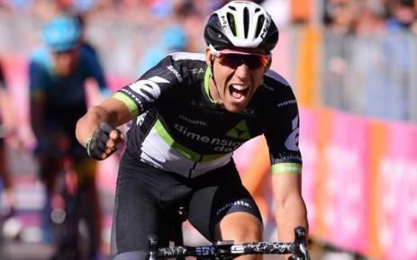 Team Dimension Data's Omar Fraile celebrates a stage win on the Giro d'Italia. Picture: @giroditalia/Twitter