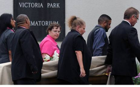 Reeva's coffin enterting the crematorium