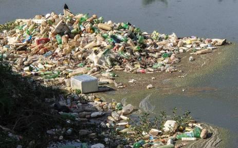 UN says world choking on plastic as environmental crisis grows