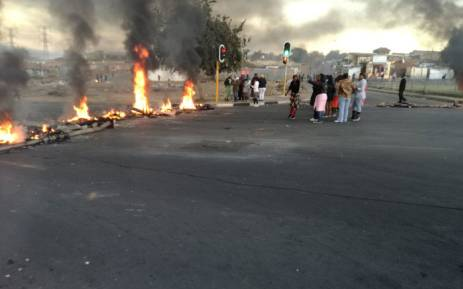 UPDATE Police use teargas to disperse Diepkloof protesters
