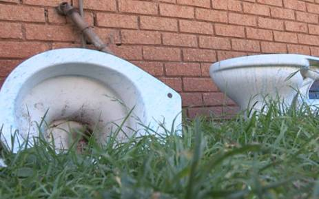 FILE: Broken toilets. Picture:Reinart Toerien/EWN