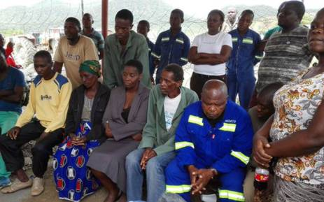 Family members of the trapped miners at Lily Mine on 11 February, 2016. Picture: Kgothatso Mogale/EWN.