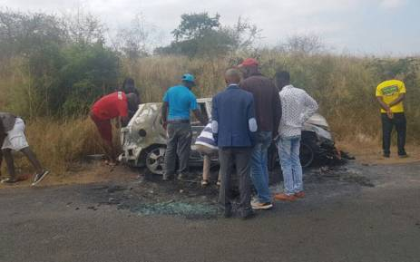 Two men were killed when a car they were travelling in hit a pipe which was being used to barricade the main road in Vuwani on Tuesday night. Picture: Pelane Phakgadi/EWN.