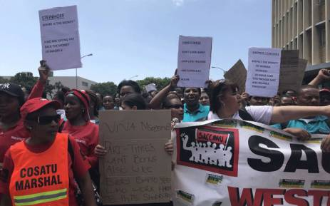 Shoprite and Checkers workers marched through the streets of Cape Town during a nationwide protest on 22 December 2017. Picture: Monique Mortlock/EWN