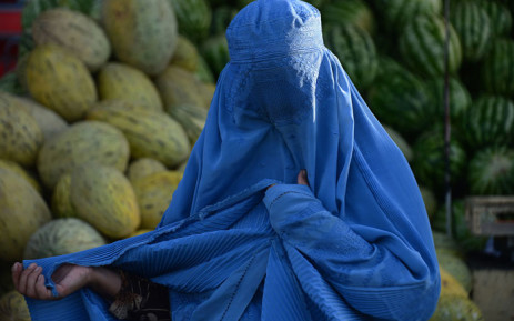 Morocco 'prohibits the trade and production of the burka'