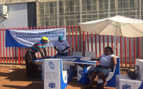 Registration continues in Denver with no incidents this morning. Picture: Thando Kubheka/EWN
