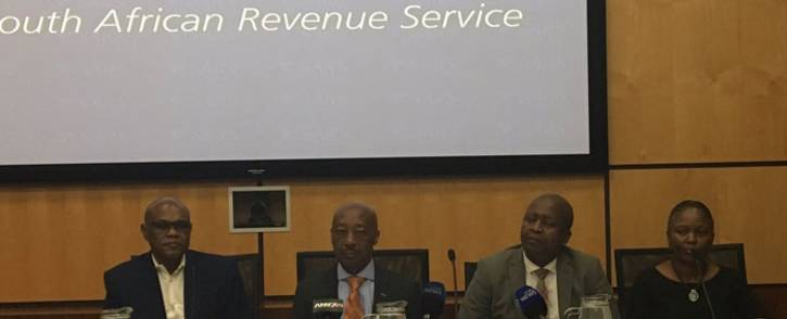 FILE: Sars commissioner Tom Moyane and other executives during a briefing on the KPMG report. Picture: Gia Nicolaides/EWN