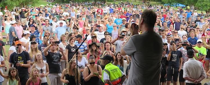 Prime Circle entertain thousands of fans at the Walter Sisulu Botanical Gardens. Louise McAuliffe/EWN