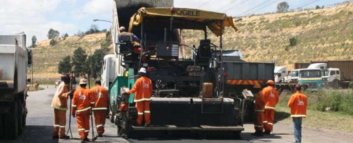A Joburg Roads Agency team resurfacing a road. Picture: @MyJRA/Twitter