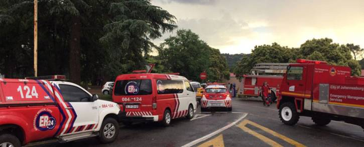 Paramedics at the Zoo Lake after children inhaled toxic fumes of pool acid. Picture: @ER24EMS.