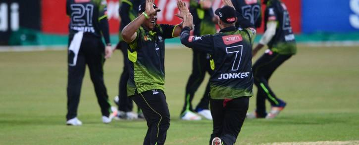 Warriors players celebrate their win over the Cobras in East London. Picture: Twitter/@OfficialCSA