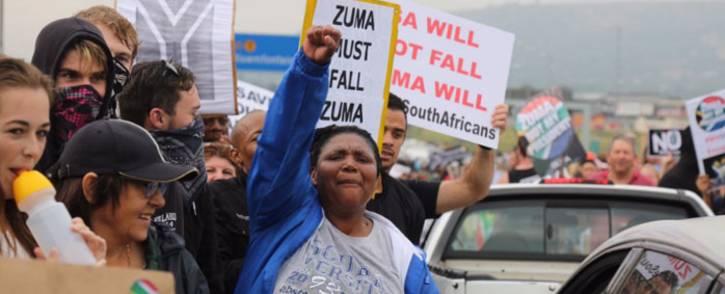 FILE: Anti-Zuma protesters on Beyers Naudé Drive, Johannesburg. Picture: Christa Eybers/EWN