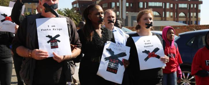 The three suspended SABC journalists - from left Foeta Krige, Thandeka Gqubule & Suna Venter. Picture: Christa Eybers/EWN.