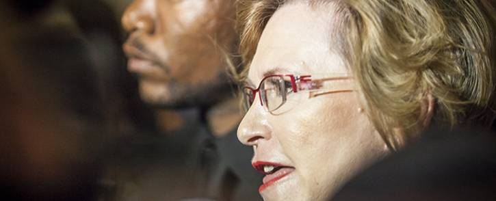 FILE: Western Cape Premier Helen Zille, along with DA leader Mmusi Maimane, addresses the media after the Democratic Alliance walked out of Parliament in February 2015. Picture: Thomas Holder/EWN.