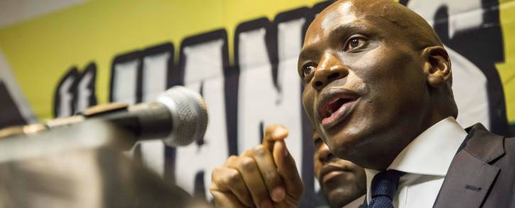 FILE: Hlaudi Motsoeneng addresses musicians and members of the media at the Milpark Garden Court on his current disciplinary process. Picture: Thomas Holder/EWN.