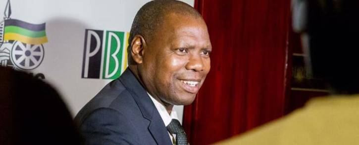 CoGTA Minister Zweli Mkhize visiting the North West in support of interventions in distressed municipalities. Picture: @DrZweliMkhize/Twitter