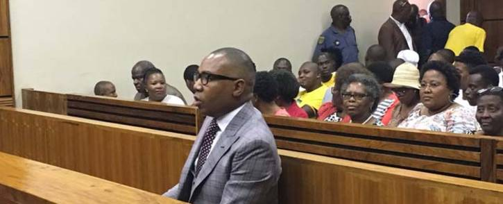 FILE: Former Higher Education Deputy Minister Mduduzi Manana at the Randburg Magistrates Court on 13 November 2017 for sentencing in his assault case. Picture: EWN.