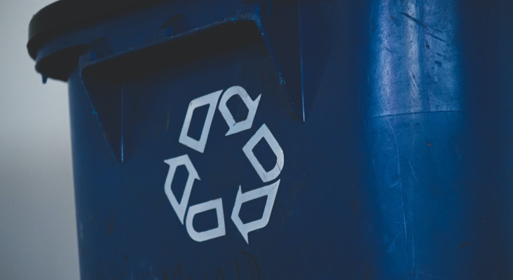 Mobile collection service that pays you for your household recyclables