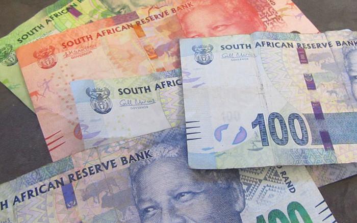 Rand steadies, stocks open lower